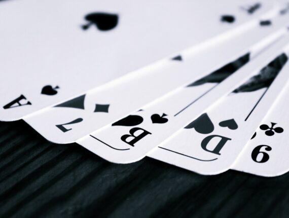 Slik unngår du tilt i poker