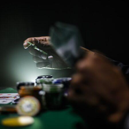 Test: De beste pokersidene på nett